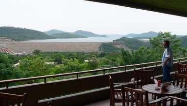 Volta Hotel and Volta lake